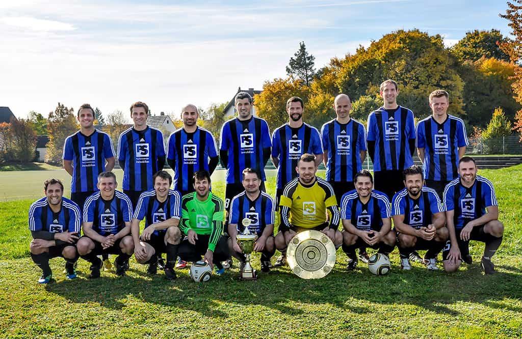 06_PS_Fussballmannschaft